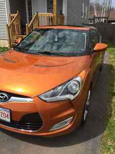 Fully loaded Veloster! TECH package!! REDUCED