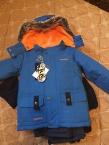 Two New with tags 4pc Oshkosh boys snowsuits- size 4