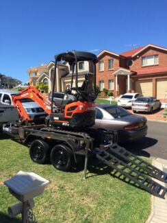 Mini Excavator hire 1.7 tonne $250 p/day free delivery Middleton Grange Liverpool Area Preview