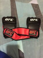 UFC FIGHTING GLOVES / UFC GLOVES