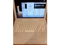 Apple MacBook - 2007
