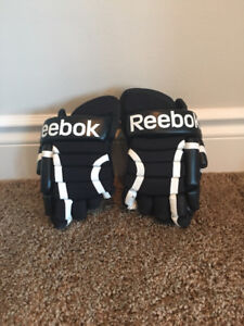 Reebok Hockey Gloves - Youth