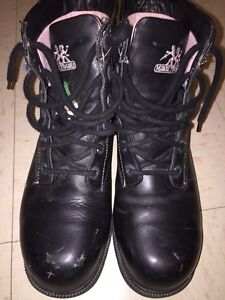 Moxie Trades steel toe safety boots. Women's size 8 fit 9