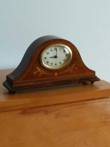 French or English Desk Clock