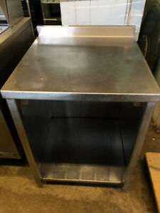 STAINLESS STEEL RESTAURANT TABLE FOR SALE