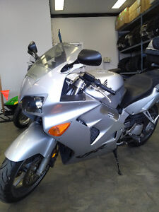 Honda VFR 800, outstanding condition and well maintained!