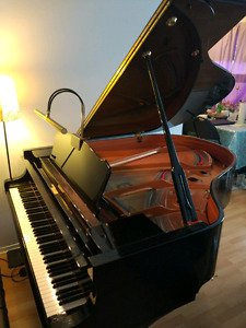 Beautiful Yamaha C1 baby grad piano à queue 2009 to sell