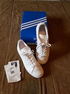 White Adidas Stan Smith