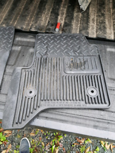 Floor mats off Chevrolet Silverado