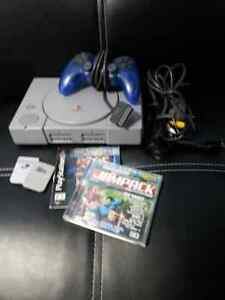 Ps1 , controller, 2 memory cards and games