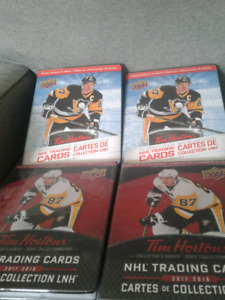 Tim Horton's hockey card lot