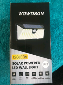NEW Solar Powered Wall Fence Lights