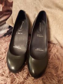 Ladies designer shoes size 4 & 5