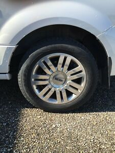 "Lincoln navigator 20"" aluminum rims London Ontario image 1"