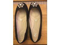 Ladies shoes - brand new unworn