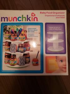 Munchkin Deluxe Baby Food Organizer New in Box