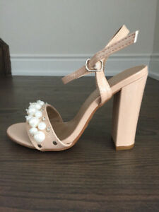NEW Nude Pearl Studded Open Toe Chunky High Heels Patent