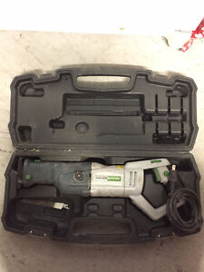 Reciprocating Saw with Carrying Case