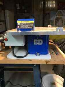 BD-7 Trim Saw w/ Rock Vise and guide