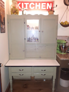 Beautiful hoosier kitchen cabinet