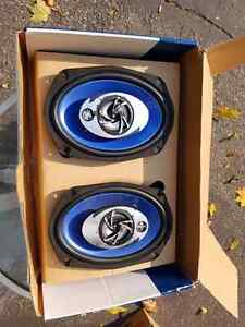 Dual car stereo and rear speakers London Ontario image 4