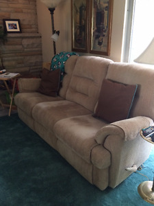comfy couch needs a new home