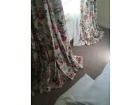 Beautiful fully lined curtains top quality
