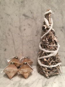 Shabby Chic/French Country Christmas Decor