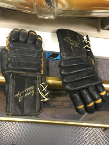 2 PAIRS VINTAGE ICE HOCKEY GLOVES COOPER MADE IN CANADA