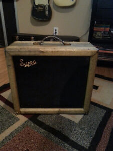 "1956 Supro ""Brentwood"" Tweed . rare . National , Valco ."