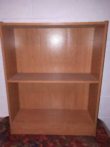 Small Shelf Unit Good Condition