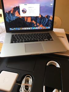 """MacBook Pro 15.4""""MJLQ2LL/A / 15.4""""i7 16gb 256gb valeur 2800$"""