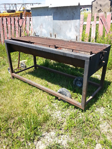 Large Barbecue Steel Portable on Wheels  with Wheeled Pull