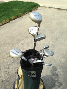 Pro Select ladies golf set with Alien putter and Wilson golf bag