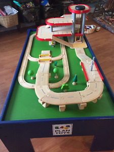 Plan City Car and Train Table with Parking Gatage by Plan Toys