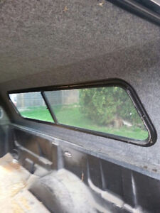 8' Eagle Truck Cap Windsor Region Ontario image 3