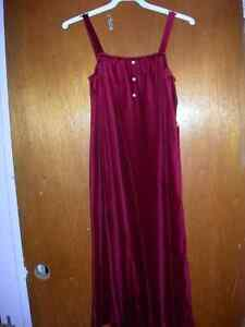Red Velvet Maternity Dress - Vintage!