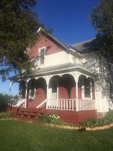 Century home on large country lot!