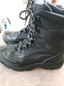 Men's Columbia winter boots size 9