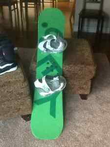 YES 120 cm Snowboard, bindings and boots Kitchener / Waterloo Kitchener Area image 2