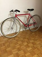 BIANCHI ROAD BIKE IN EXCELLENT CONDITION - $350 OBO