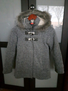 a0106c36256 Girls Size 10-12 Beautiful and Warm Grey Old Navy Coat
