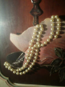 PEARLS . . & a ROSE..ANTIQUE 40yrs..