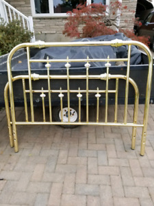 Brass look bed