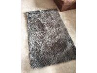 Grey shaggy rug