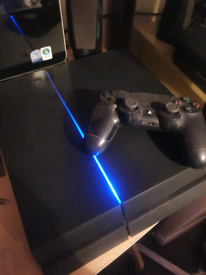 Ps4 500gb black console with 1 pad all cables and 3 games