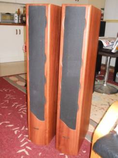 Jensen QX-45 Floor Standing Speakers