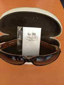 Brand new Coach Sunglasses for sale West Island Greater Montréal image 2
