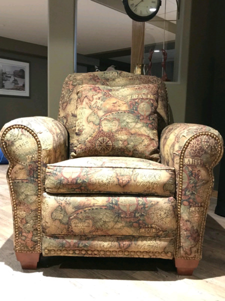 Two Matching Lazy Boy Recliners Chairs Amp Recliners