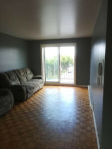 Appartement 4 1/2 disponible dès maintenant - Longueuil